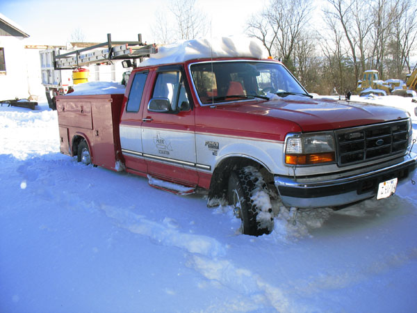 Algers Truck in Snow